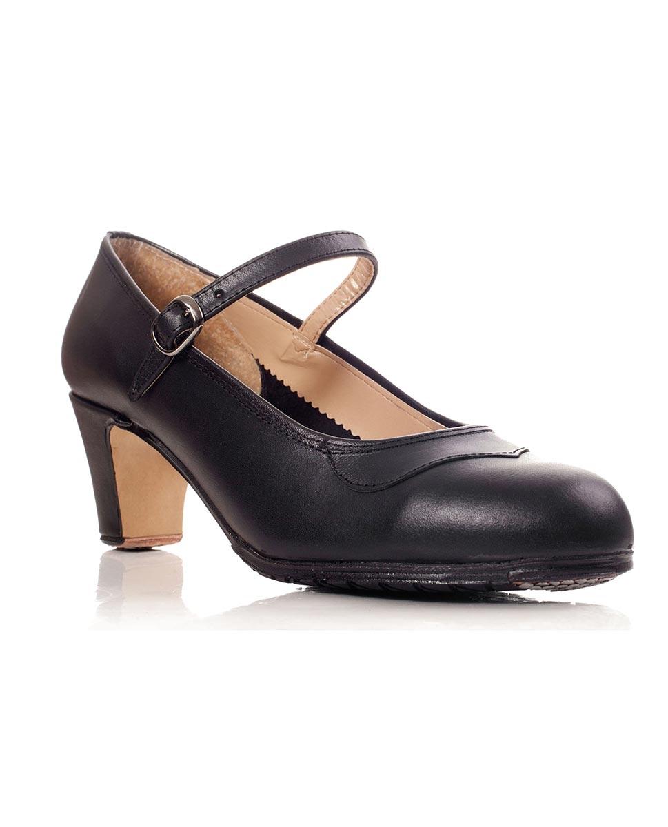 נעלי פלמנקו עם מסמרים