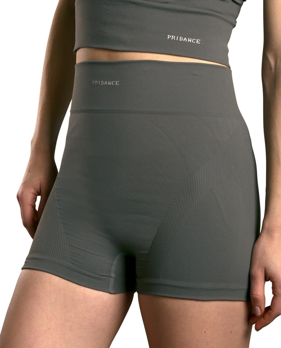מכנס קצר מחטב ללא תפרים