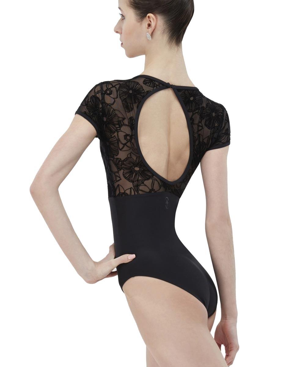 בגד גוף בגזרת שרוול קצר של המותג Wear Moi